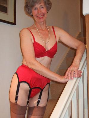 äldre kvinnor kontakt sexy pantyhose